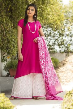 #ijaar pants #fuchsia #classic #contemporary #twist #Fabindia