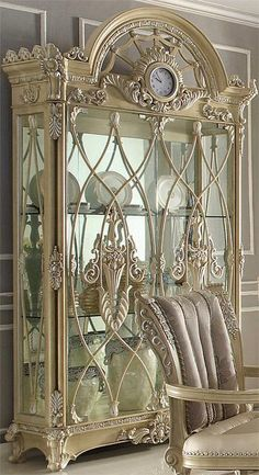 Check out the link to find out more shabby chic living room Victorian Furniture, French Furniture, Shabby Chic Furniture, Luxury Furniture, Vintage Furniture, Modern Furniture, Furniture Design, Rustic Furniture, Outdoor Furniture