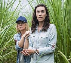 Rebecca Gibney and Geraldine Hakewill in Wanted Movies Showing, Season 1, Military Jacket, Tv Series, Tv Shows, Take That, Film, Image, Dramas