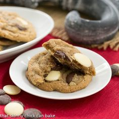 Triple Chocolate Chunk Oatmeal Cookies   one amazing, chewy, chocolaty oat cookie!!!   That Skinny Chick Can  Bake