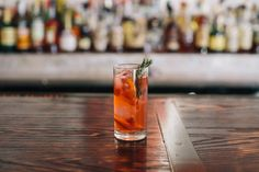 """How to Make Atlanta's Most Romantic Cocktails: Lusca's """"Main Squeeze"""""""