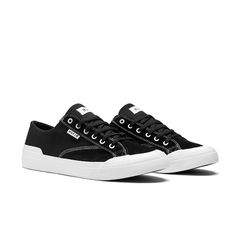outlet store dfc65 e0b48 HUF Classic Lo Ess Shoe - BlackWhite