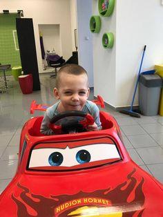 S novým účesom sa chodí aj do škôlky s radsťou #detskekadernictvo #kadernictvo #boy #haircut #hairystyle #cuteboy #boy #newhair #idea #haircutidea #kids #trnava #bratislava