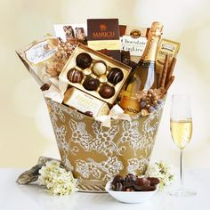 California Chandon Golden Holiday Desserts-Dazzle and delight someone very special with this sophisticated gift filled with Chandon sparkling wine and sweets. The beautiful holly embossed gold container will take their breath away and features a bott Cookie Gift Baskets, Gourmet Gift Baskets, Christmas Gift Baskets, Cookie Gifts, Christmas Decor, Christmas Holidays, Christmas Ideas, Christmas Gifts, Wine Country Gift Baskets