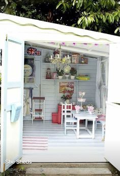 The shabby chic she