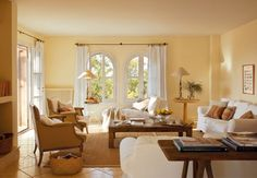Soft tones in this welcoming home on the island of Mallorca. New Living Room, Living Area, Living Room Decor, Living Spaces, Style At Home, Cosy Dining Room, Spanish Style Decor, Spanish Interior, Mediterranean Homes