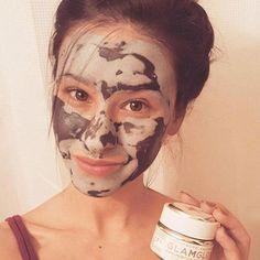 #CharcoalMaskBenefits Halloween Masks, Halloween Face Makeup, Beauty Skin, Beauty Makeup, Charcoal Mask Benefits, Beauty Hacks, Beauty Ideas, Beauty Tips, Acne Prone Skin