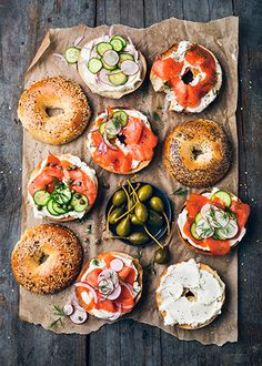 (Good) These are bagels! I am in awe of these bagels. The lox and cucumbers provide color and they perfectly balanced the toast of the bagel top, the cream cheese bagel, and the lox bagel. The earthy background makes these bagels look healthy and hearty. I Love Food, Good Food, Yummy Food, Food For Thought, Breakfast And Brunch, Breakfast Ideas, Brunch Food, Brunch Bar, Brunch Ideas
