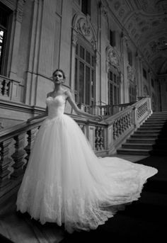 Abito da sposa da principessa 2016 Alessandra Rinaudo modello Taormina