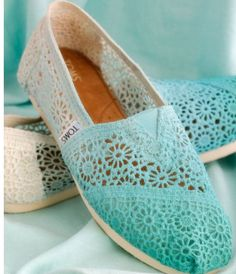 Ombre Blue Crochet Toms Brand new, never been worn! These adorable one of a kind Toms have been discontinued! Size The crochet Toms run big. I usually wear a size 6 in shoes and these fit me easily! Toms are also known to stretch! Cheap Toms Shoes, Toms Shoes Outlet, Buy Shoes, Me Too Shoes, Shoes Men, Toms Boots, Shoe Outlet, Outlet Store, Ugg Boots