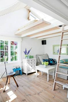 This Tiny Little Danish House is the Perfect Summer Getaway Apartment Therapy Small Apartments, Small Spaces, Studio Apartments, Apartment Therapy, Danish House, Gravity Home, Lofts, Tiny Living, Interiores Design