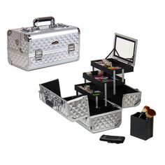 @Overstock - This Shany Premium Collection makeup train case features a silver diamond pattern and an innovative, heat-resistant surface. Three fold-out trays, a mirror and a brush holder help you stay organized on the go.   http://www.overstock.com/Health-Beauty/Shany-Cosmetics-Premium-Collection-Silver-Diamond-Makeup-Train-Case/7585995/product.html?CID=214117 $51.72