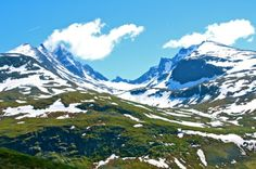 Nedre Oscarshaug Viewpoint in the Jotunheimen Mountains of Norway