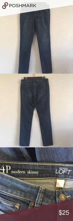 Ann Taylor Loft Modern skinny 4p jeans Like new never worn! 85%cotton 14% polyester 1% spandex waist measures 15.5 flat 8.5 in rise inseam 29in 6in ankle!! Any questions please ask LOFT Jeans Skinny