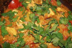 Bitching in the Kitchen: slow cooked chicken dhansak Slow Cooked Chicken, How To Cook Chicken, Indian Food Recipes, Ethnic Recipes, Grubs, Curry Recipes, Slow Cooker Recipes, Family Meals, Food Inspiration