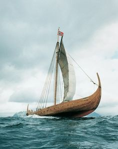 A Viking settlement is discovered on archaeological site known as Tanfield Valley, Baffin Island. Whetstones, yarn and masonry found there were used by Vikings. Lofoten, Viking Museum, Nordic Vikings, Old Sailing Ships, Germanic Tribes, Viking Culture, Viking Life, Viking Ship, Tall Ships