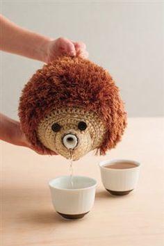 So cute! A crochet cozy that looks like a hedgehog! Hedgehog Teapot Cozy