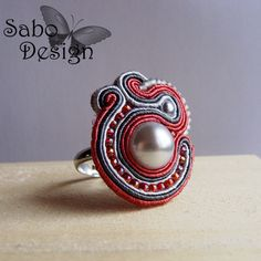 ROMANTIC soutache ring embroidered handmade in pink by SaboDesign.
