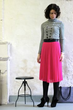 What to Wear to Alt Summit - @Gabrielle Blair has an amazing sense of style. I fell in love with this pink skirt!