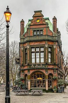 The facade of this stunning heritage pub in London's Borough is just beautiful. This area is a great place to visit in London for pubs. Check out London Hotels London Pubs, London Places, London Hotels, Beautiful Buildings, Beautiful Places, Beautiful London, Places To Travel, Places To Visit, Best Pubs