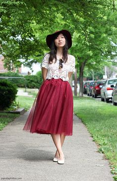 Burgundy tulle midi skirt with a crop top= perfection