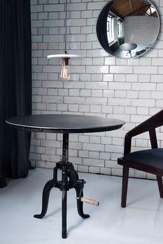 Gunmetal Bistro Table - meubles d'appoint - Connexion français