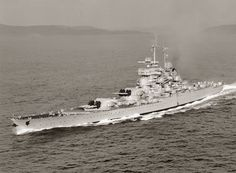Photographs of the French Battleship Jean Bart A Richelieu-Class battleship, incomplete at the start of World War Two completed post war for the French Navy Naval History, Military History, Uss Massachusetts, Jean Bart, Gun Turret, Capital Ship, Merchant Marine, Armada, Navy Ships