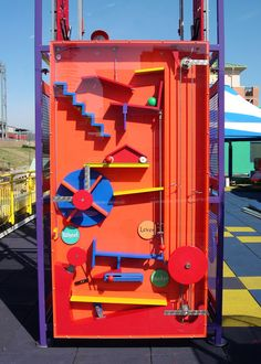 Parc A Theme, Rube Goldberg Machine, Marble Machine, Kids Play Spaces, Interactive Art, Interactive Installation, Playground Design, Magic Box, Exhibition Display