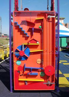 Magic Box, Parc A Theme, Rube Goldberg Machine, Interactive Walls, Interactive Museum, Marble Machine, Kids Play Spaces, Playground Design, Exhibition Display