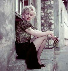 Marilyn. Hooker sitting. Photo by Milton Greene, 1956.