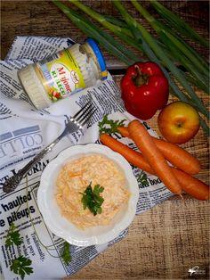 Surówka z marchewki, jabłka i pora   Słodkie okruszki Fresh Rolls, Carrots, Vegetables, Ethnic Recipes, Food, Essen, Carrot, Vegetable Recipes, Meals