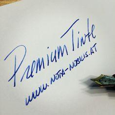 Die richtige Tinte macht den Unterschied sowohl im Schriftbild als auch beim Schreibkomfort!  Bring deine Einzigartigkeit zu Papier! www.nota-nobilis.at  #blau #blue #midnight #business #erfolg #tinte #ink #premiumtinte #füller #Füllfeder #Füllfederhalter #fountainpen #sailorpen #deatramentis #diamine #noodlers #conklin #austria  #10x_your_handwriting