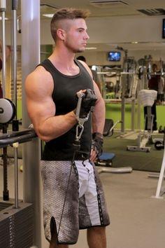 Egykaros bicepsz alsócsigán