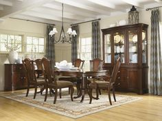 American Traditions Dining Room Collection