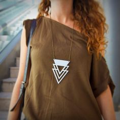 Edgy acrylic jewelry on metal chain (black/ white/ blue) _ Boho style necklace