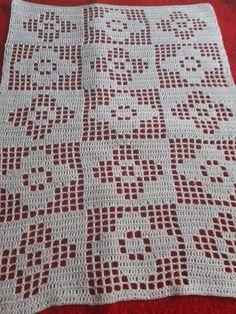 Crochet Placemat Patterns, Crochet Table Runner Pattern, Christmas Crochet Patterns, Granny Square Crochet Pattern, Crochet Flower Patterns, Crochet Tablecloth, Crochet Squares, Crochet Motif, Crochet Designs
