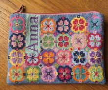 IMG_7497 Bargello Needlepoint, Textiles, Cross Stitch Embroidery, Purses And Bags, Needlework, Illustrator, Diy And Crafts, Tapestry, Blanket