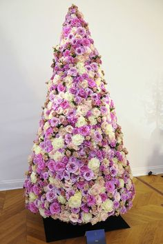 This Year's Most Fashionable Christmas Trees   | StyleCaster