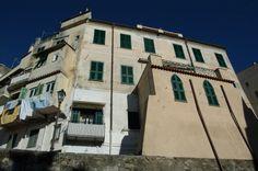 Bordighera (IM) centro storico - Via Bastioni