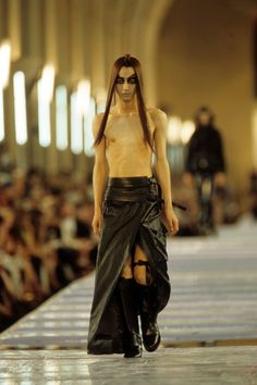 Christian Dior Fall 1999 Couture Collection Photos - Vogue
