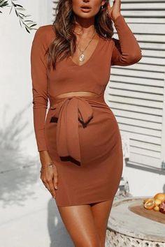 Maternity Dress Outfits, Stylish Maternity, Maternity Wear, Maternity Fashion, Cute Maternity Style, Pregnancy Fashion Dresses, Fitted Maternity Dress, Maternity Shops, Estilo Baby Bump