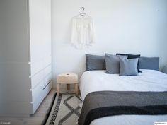 bedroom // www.vienak.com