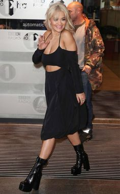 Rita Ora from The Big Picture: Today's Hot Photos Rita Ora, Black Pin Up, All Black Outfit, Hey Girl, Oras, Hottest Photos, People, Celebrity Style, Girl Fashion