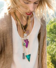 crystal-and-sage-gold-quartz-necklace-M1