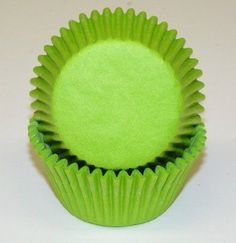 Lime Green Solid Cupcake Liners / 100 Standard Size Cups Oasis Supply,http://www.amazon.com/dp/B00BNVA0A0/ref=cm_sw_r_pi_dp_Okxxtb1FS4AJAPDD