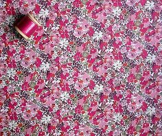 LIBERTY TANA LAWN COTTON 'Lucy Locket' 35 x 46cm