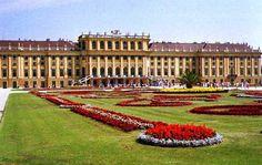 Viena: moderna e multicultural sem perder o charme clássico