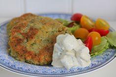 Vegetariska recept - Kikärtsbiffar med gurkdressing