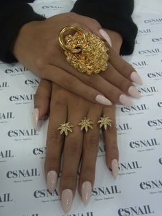 I like the color of the nails, not the shape.