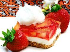 Satisfy Your Sweet Tooth With This Easy Crunchy, Creamy Strawberry Dessert: Strawberry Pretzel Dessert Recipe